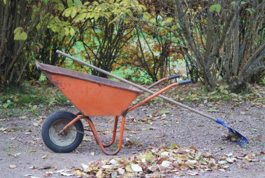 wheelbarrow-523784_960_720